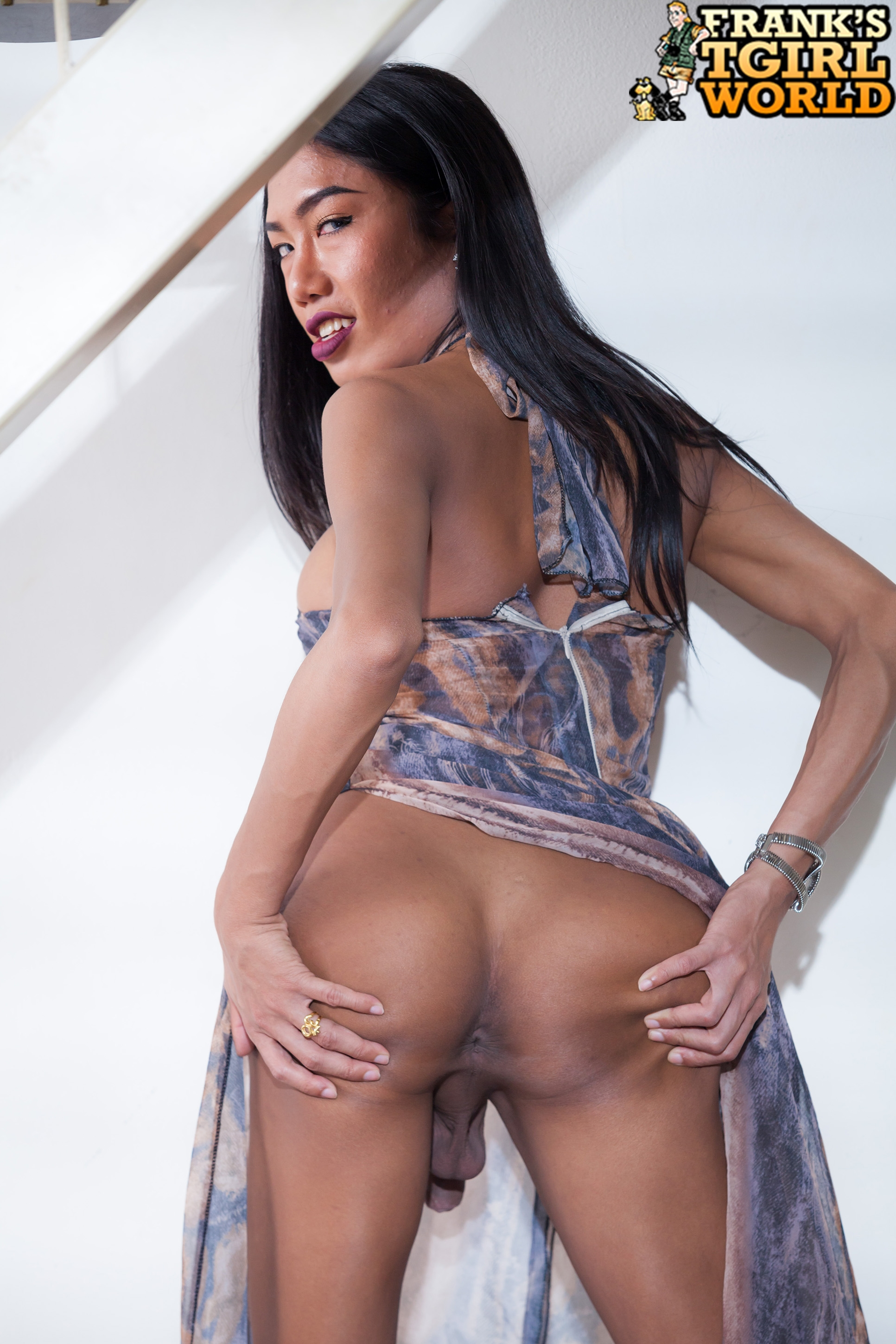 She adores rock hard cocks stuck deep in her vagina 6